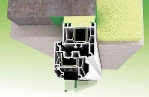 Obr. 2b: Detail řešení horní připojovací vodorovné spáry při použití fólií jako vnitřní a vnější uzávěr